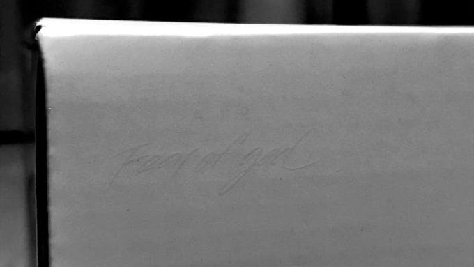 NIKE AIR SKYLON 2 FEAR OF GOD(ナイキ エアスカイロン2 フィアオブゴッド)の箱にある文字