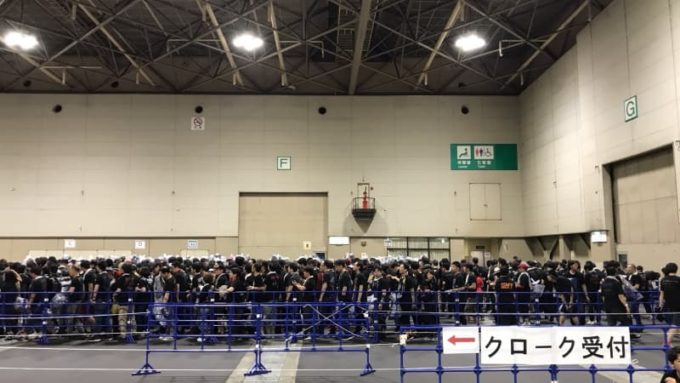BABYMETAL ライブ 終演後のクロークにできる行列