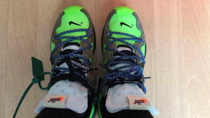 Off White Nike Zoom Terra Kiger 5 (オフホワイト ナイキ ズーム テラカイガー5)の試着画像