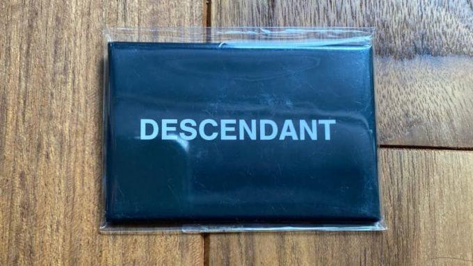 BLU JE BLU by ARKの福袋の中身 DESCENDANTのBOXボタン
